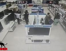 CCTV: Woman Steals TV by putting it between her legs