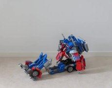 Optimus Prime transformation with Lego