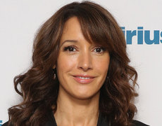 Jennifer Beals Caught Leaving Dog in Hot Car