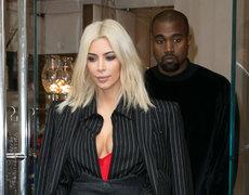 Kim Kardashian's Selfie Book A Flop!