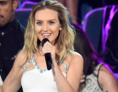 Perrie Edwards Stuns at Teen Choice Awards After Zayn Malik's Twitter Diss
