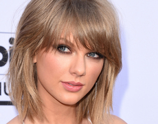 Taylor Swift Names Her Awkward Dance!