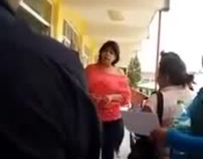 #Denuncia - Maestra solicita 400 pesos por