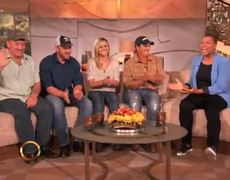 Queen Latifah Show The Swamp People Cast Chats