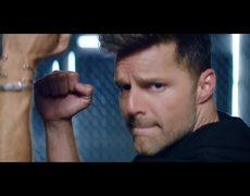 Wisin ft. Ricky Martin - Que Se Sienta El Deseo (Official Video)
