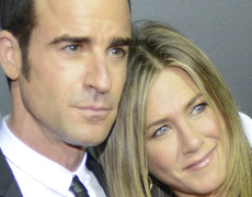 Jen Aniston and Justin's First Red Carpet Appearance Married!