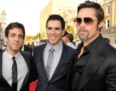 Eli Roth Dishes on Working With Keanu Reeves and Brad Pitt