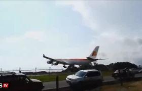 #VIDEO - El Impresionante aterrizaje de un avión en Costa Rica