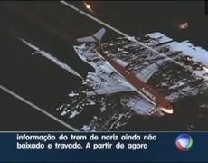 Avión hace aterrizaje de emergencia en Brasil