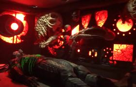 AVP: Alien vs. Predator maze -- Halloween Horror Nights 2015 Universal Studios Hollywood