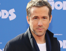 Ryan Reynolds Mourns Father's Death