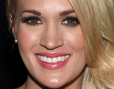 Carrie Underwood's Son Isaiah Gives Mama Sloppy Kisses!
