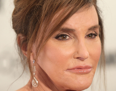 Caitlyn Jenner Stuns at Woman of the Year Awards