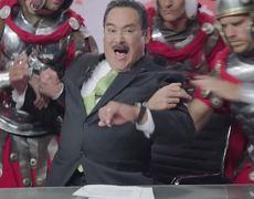 El famoso periodista Martínez Soriano protagoniza comercial
