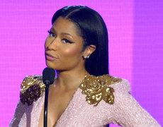 Nicki Minaj is Back To Blonde!