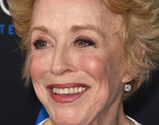 Holland Taylor's Girlfriend Revealed!