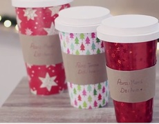 #Christmas wrap - Boxes shaped coffee cups giants