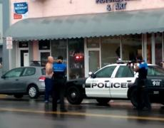 #VIDEO - Police shoot alleged latin bank robber in Miami