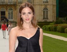 Emma Watson Rocks New Bob!