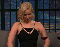 Late Night - Jennifer Lawrence ySeth juntos en SNL?