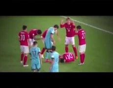 Barcelona vs Guangzhou Evergrande (3-0) - Zheng Zou Horror Injury