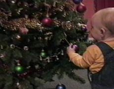 Babies FAIL on Christmas