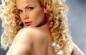 Niurka Marcos Se Desnuda En Programa De Televisión Videos Metatube