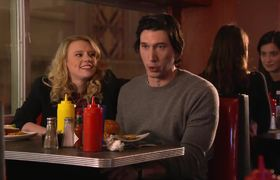 #SaturdayNightLive - Adam Driver & Kate McKinnon Grab a Bite at The Diner