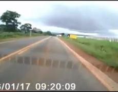 #Brazil - Man flies in car crash