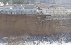 Drone captures collapse of a cliff in California