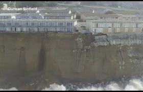 #VIDEO - Residente de California en peligro de que sus casas caigan por acantilado
