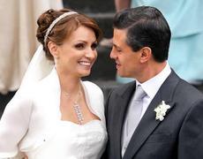 #ElNopalTimes - El fraude de la boda de La Gaviota y #EPN, Raúl Araiza y más