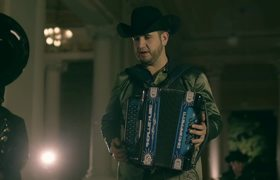 Calibre 50 - Préstamela a Mí (Video Oficial)