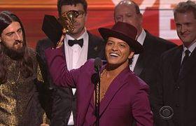 Bruno Mars and Mark Ronson Win #Grammy Awards 2016