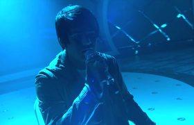 American Idol 2016 - Adam Lambert Performs