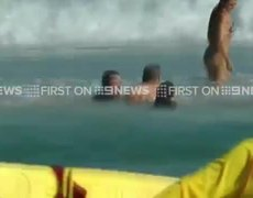 #VIDEO - Hugh Jackman Rescues Kids From Drowning in Sydney Beach