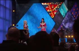 Dolly Parton And Katy Perry 2016 ACM Awards Duet Performance!