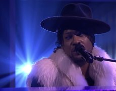 The Tonight Show: D'Angelo ft. Princess: Sometimes It Snows in April
