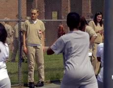 Orange is the New Black - Season 4 Trailer