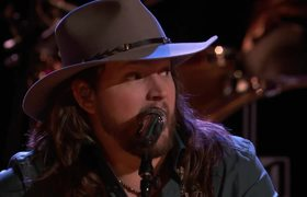 The Voice 2016 Adam Wakefield and Blake Shelton - Finale: