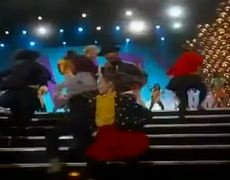 The 2014 Oscars Performnce Pharrell Performs Happy