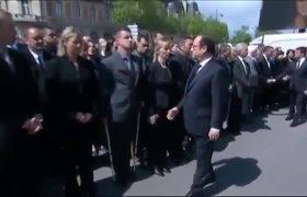 Police Officer Denied Hand Shake to Hollande