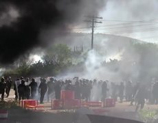 6 dead and more than 100 injured after clashes in Oaxaca