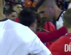 Lionel Messi llora tras perder la final de la Copa America