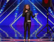 America's Got Talent 2016 - Sofie Dossi: Teen Balancer and Contortionist Shoots a Bow With Her Feet
