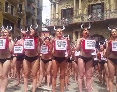 """""""Baño de sangre"""" contra las corridas de toros en Pamplona"""