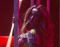 Becky G - Sola (Premios Juventud 2016)