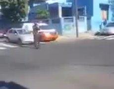 #Polemico - Ambulancia es detenida para dar paso a la comitiva presidencial