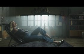 'Harley Therapy' - Suicide Squad Promo Clip (2016)