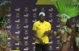Usain Bolt warms up for Rio Olympics with a dance and a joke